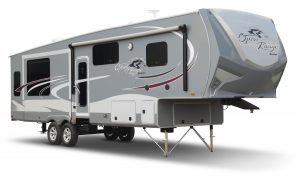 01-2016-Roamer-Fifth-Wheel-Front-Exterior