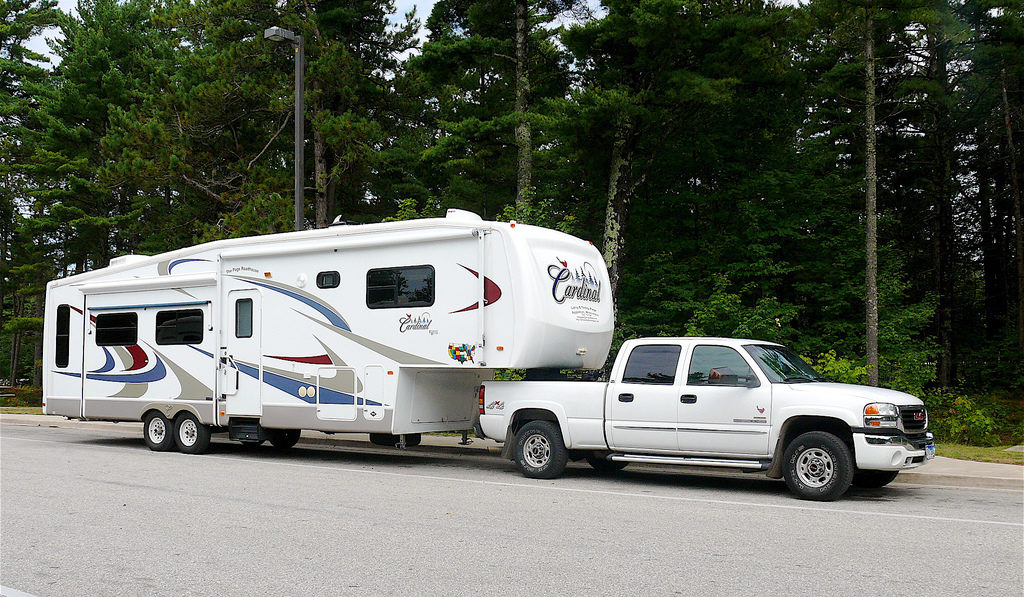 Large-5th-Wheel-RV-and-Truck-by-Larry-Page